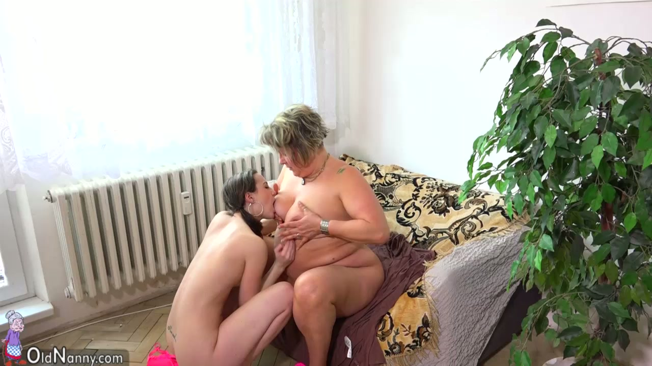 Sex Old Fat Mom